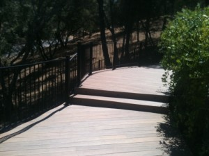 Curved Hill Side Deck with Rounded Railing 1