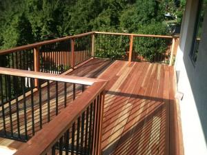 Balcony Redwood Deck. Folsom, CA