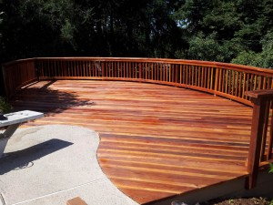Curved Redwood Deck. Fair Oaks, CA