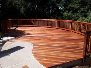 Curved Redwood Deck. Fair Oaks, CA